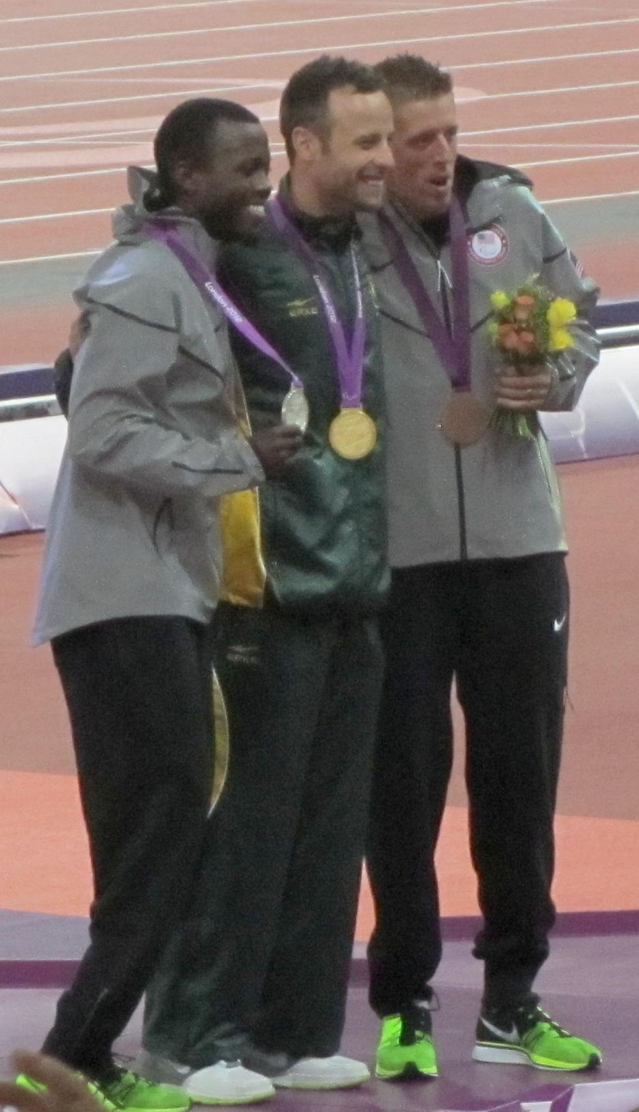 2012_Paralympics_Men's_400m_T44_Victory_Ceremony