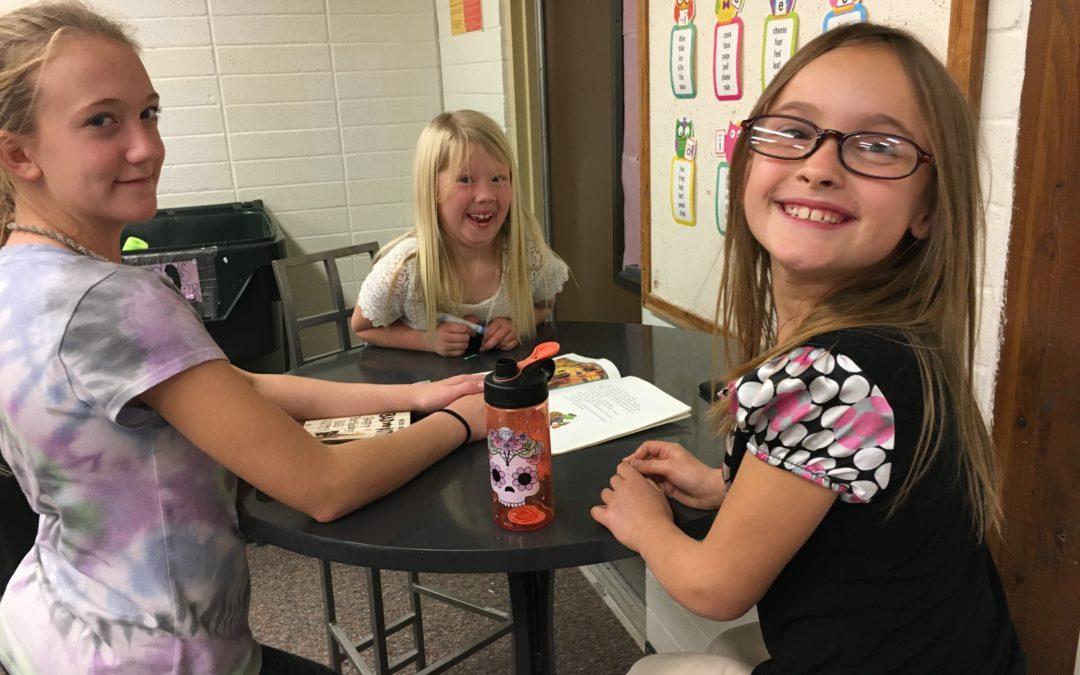 Kuna 'Reading Buddies' Program Makes Reading Fun
